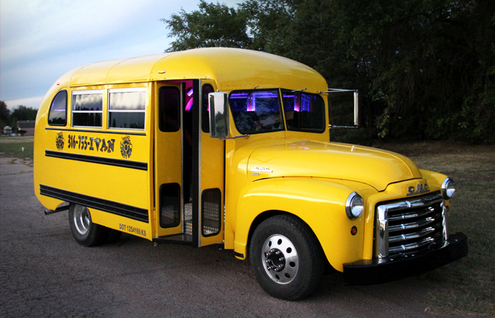 Small Party Bus great for Birthdays
